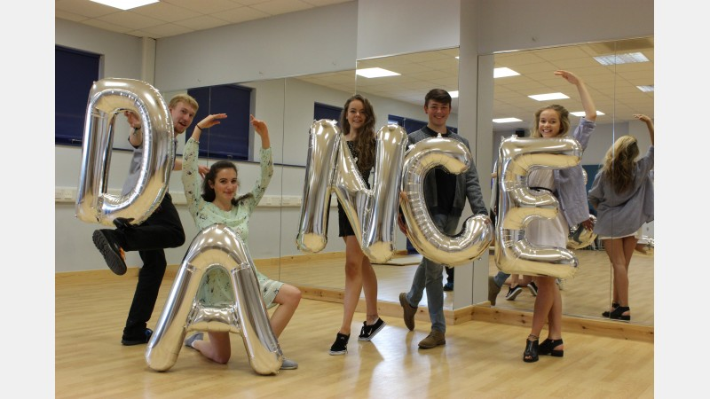 Dance 2016 - Chester Stayte, Angharad Steer, Lucy Lock, Connor Pearson, Ellie Blandford